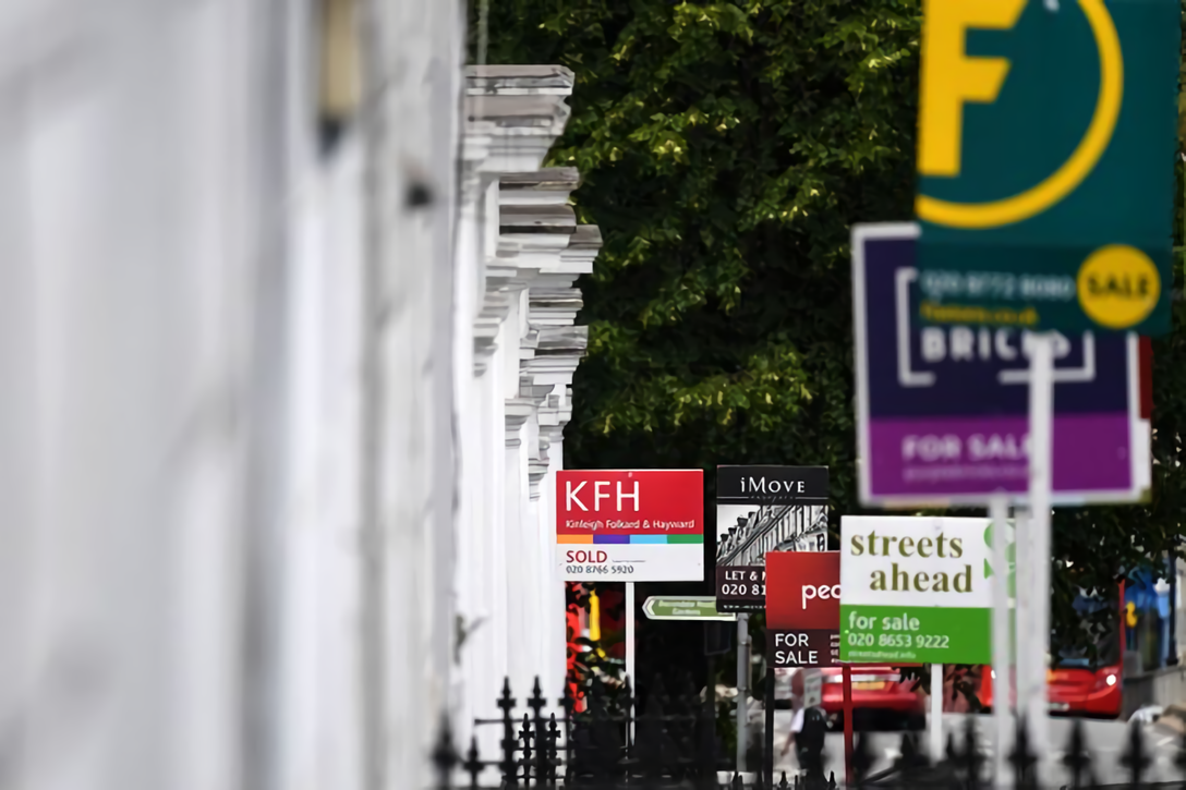 One in seven UK homes are selling in a week since tax cut