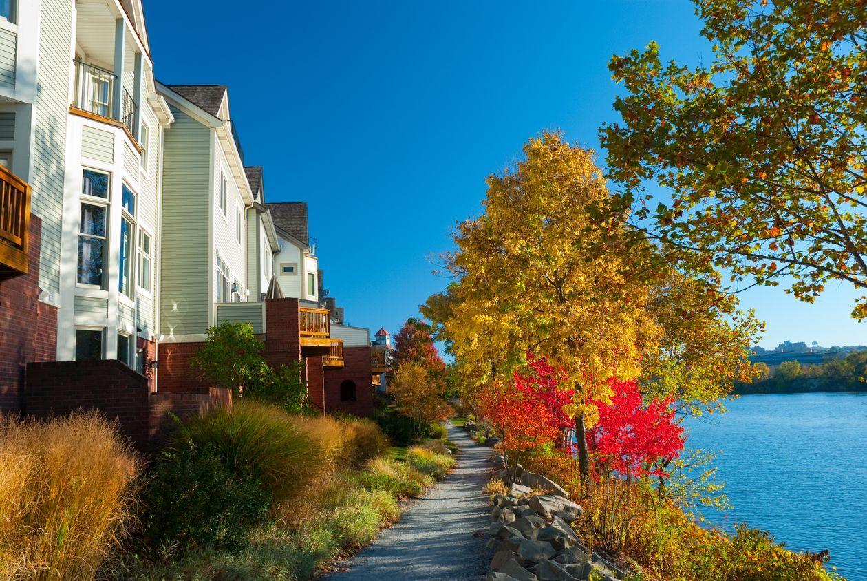 U.S. housing market zooms into October