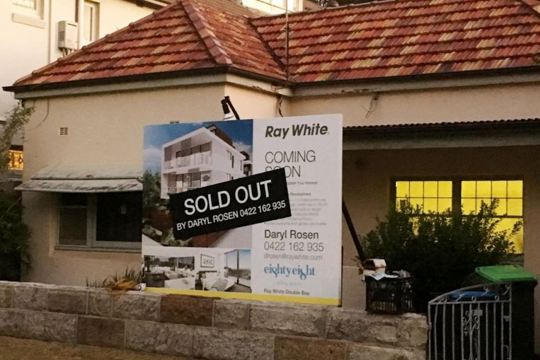 Sydney housing boom lifts prices to a record high