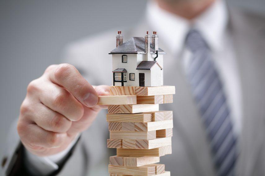 Investors Embracing Riskier Real Estate to Improve Returns