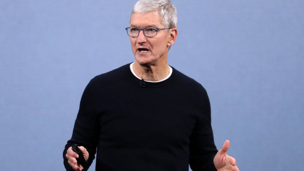 Apple Wants Staff Back in Offices by September