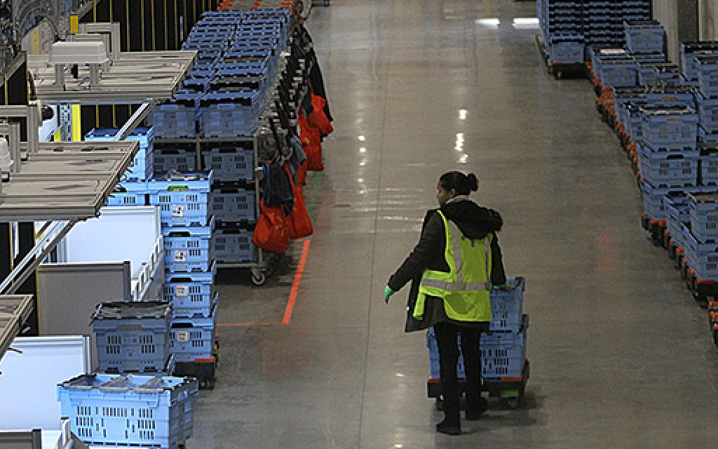 Smart Warehouses Spread to New Markets